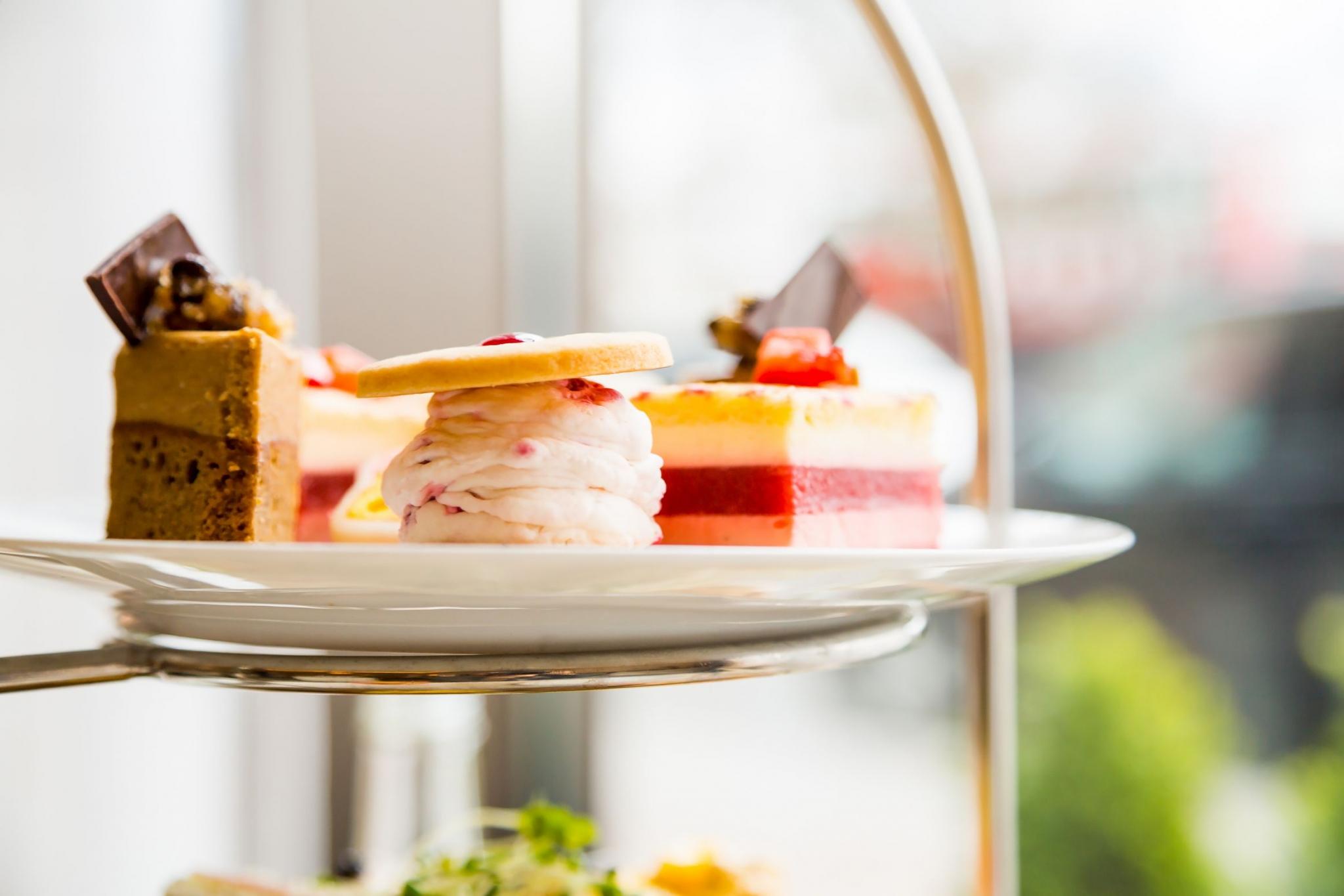 Nahaufnahme von leckeren Desserts beim Afternoontea