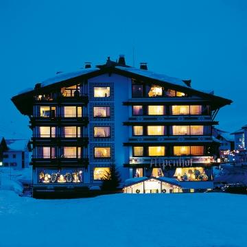 Thurnhers Alpenhof Außenansicht