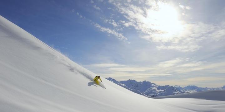 Skifahrer Region Zürs