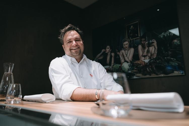 Der neue Küchenchef Gernot Bischofberger lacht