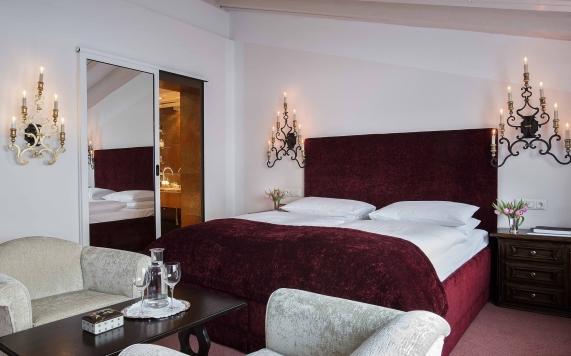 Suite mit Kamin Schlafzimmer